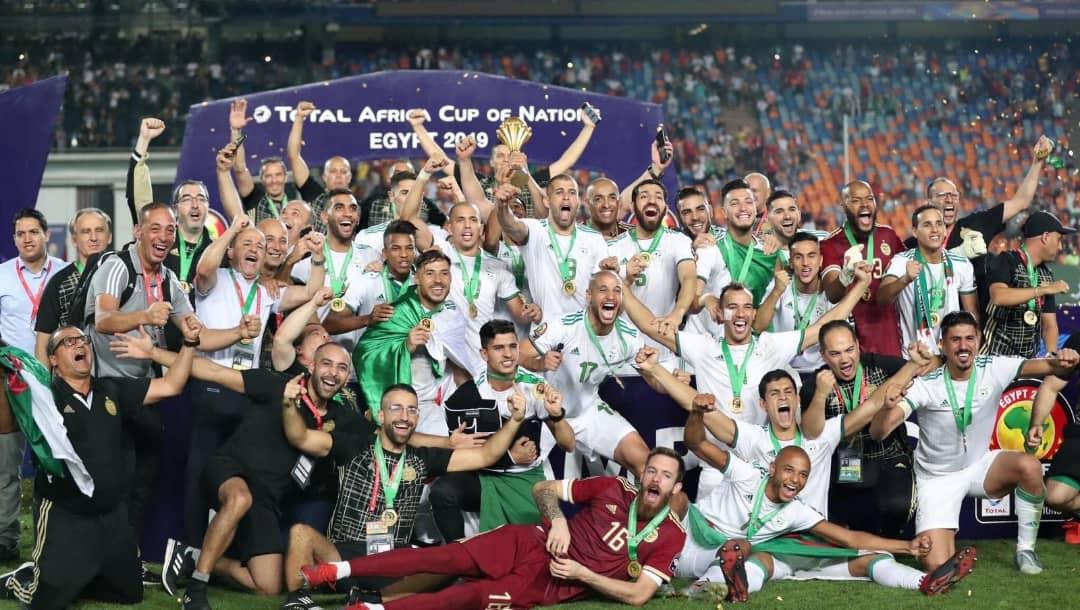ثنائي المنتخب الوطني الجزائري يُحقق إنجازا مُميزا.. تعرّف عليه