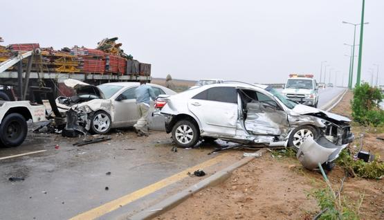 111 حادث مرور نهاية الأسبوع أودت بحياة شخصين
