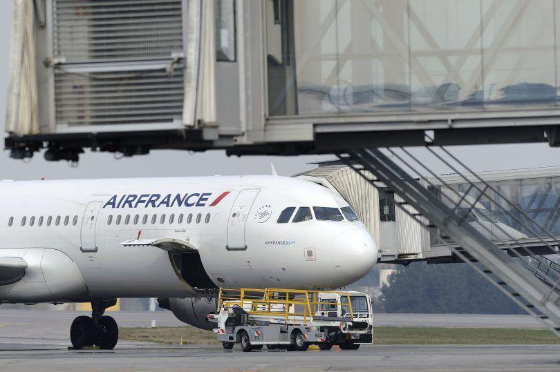 الجوية الفرنسية تستأنف العمل اليوم
