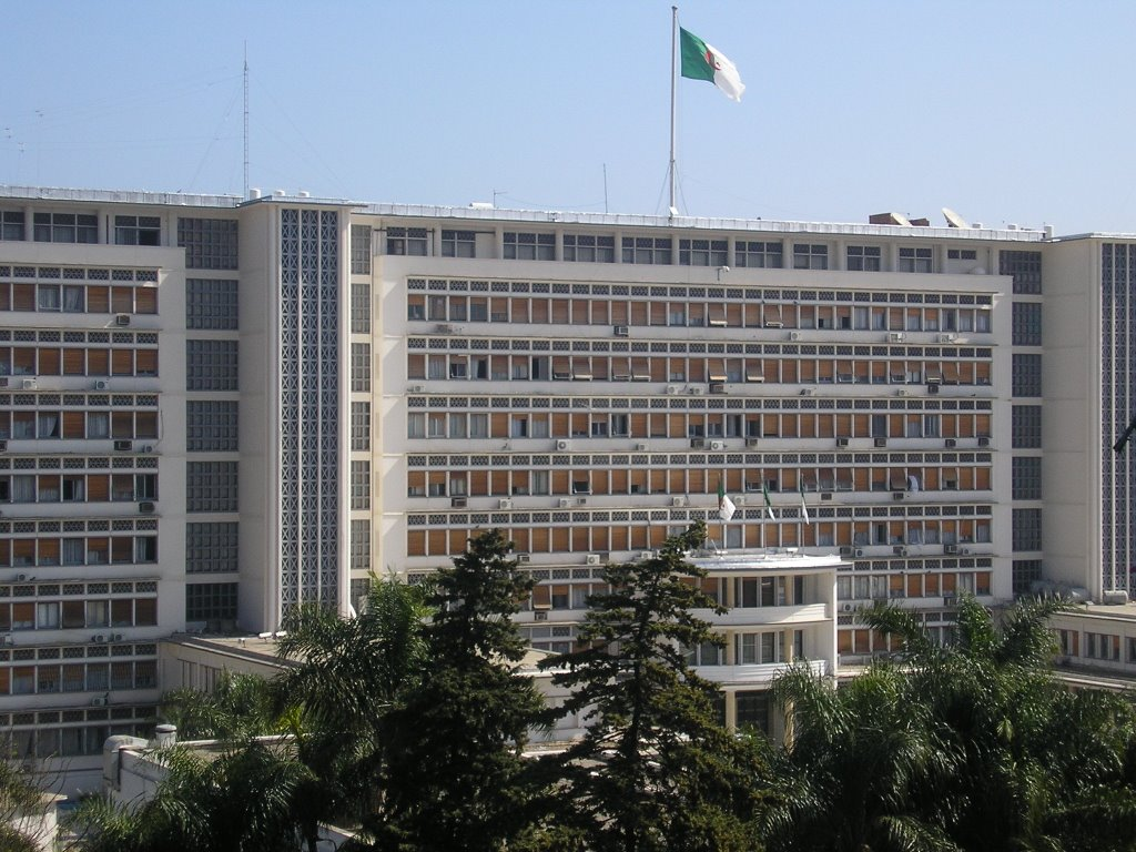وزارة الداخلية تدعو أصحاب المهن الصغيرة للاستفادة من منحة مالية