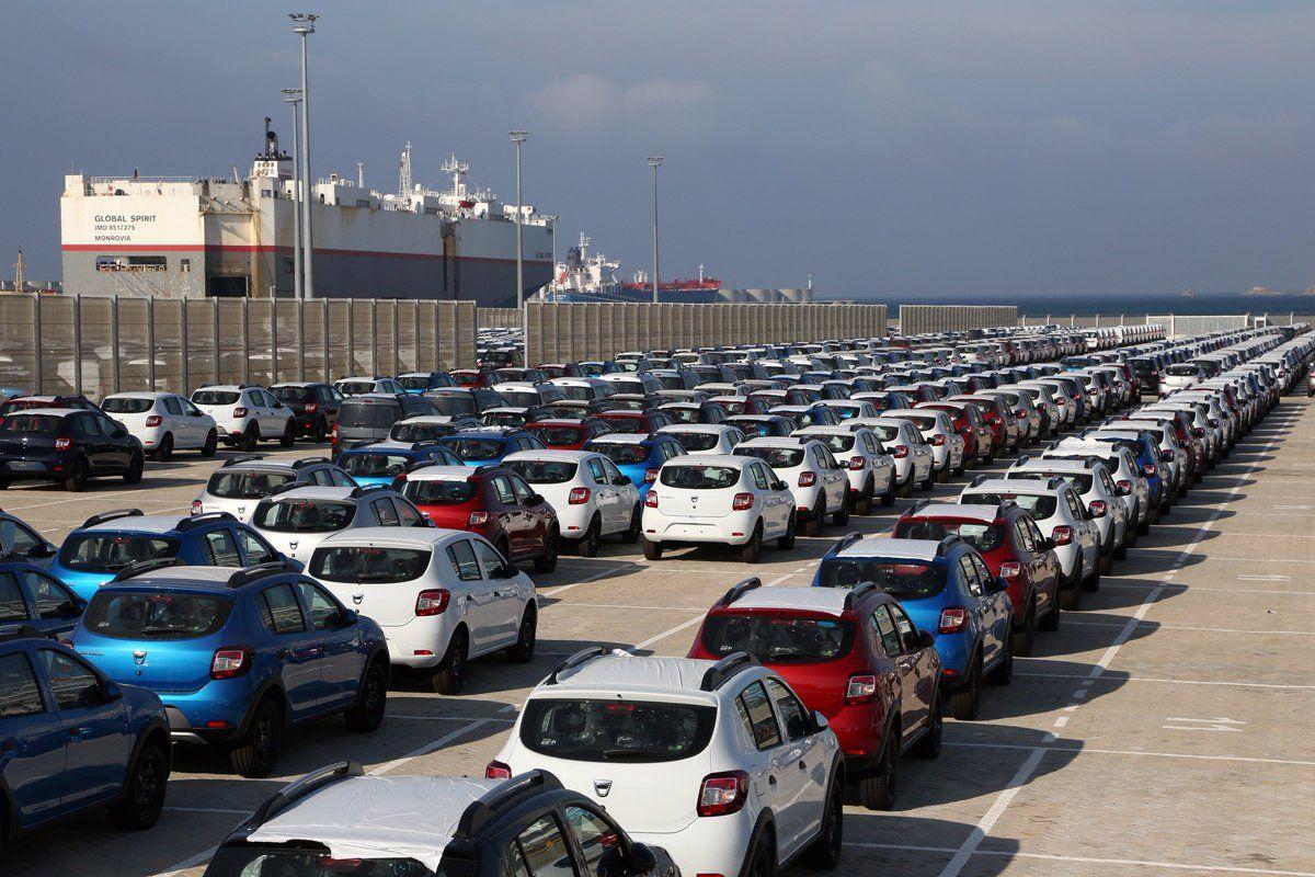استيراد السيارات: وزارة الصناعة تمنح 3 رخص جديدة