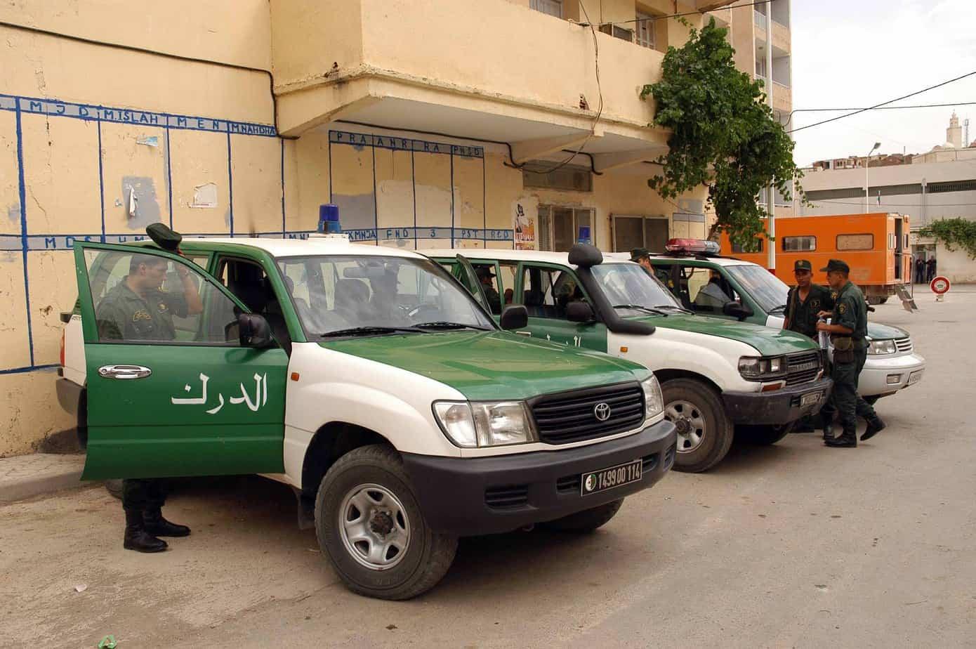القبض على منتحل صفة وكيل الجمهورية وقاضي تحقيق وضابط سامي في المخابرات