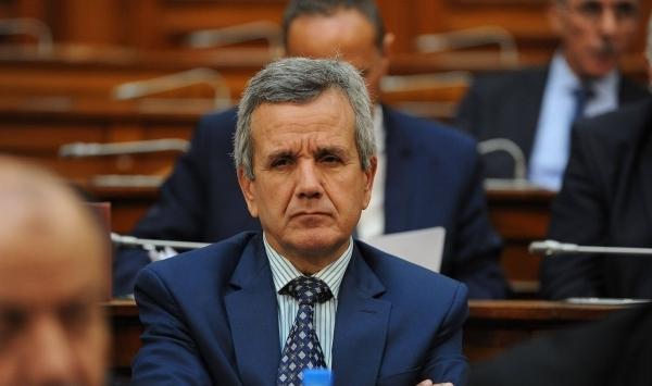 إطلاق مخطط استراتيجي للتلقيح ضد فيروس كورونا في الجزائر