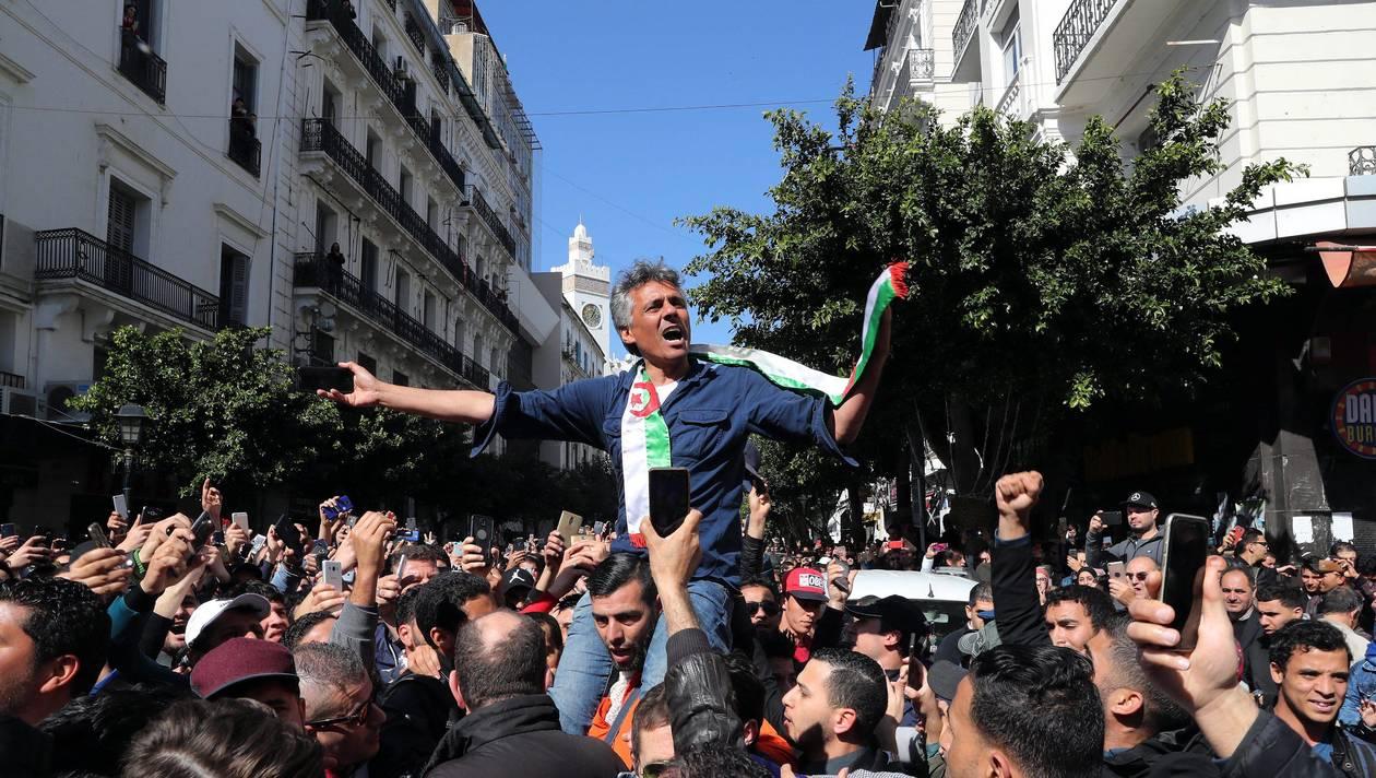 رشيد نكاز يدخل في إضراب عن الطعام تزامنا مع ذكرى احتجاجات خنشلة
