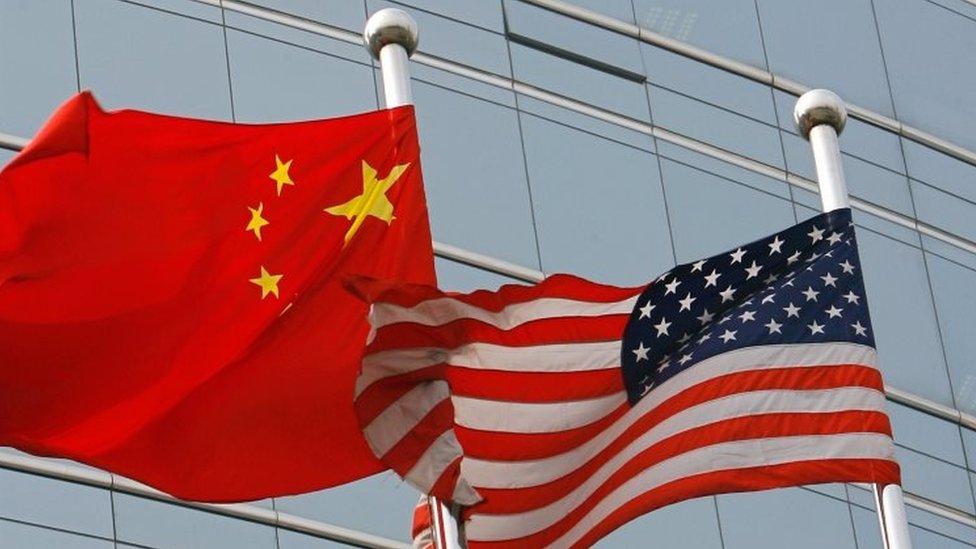 مطاعم الأيغورو تشعل حرب بينات بين سفارتي الصين والولايات المتحدة بالجزائر