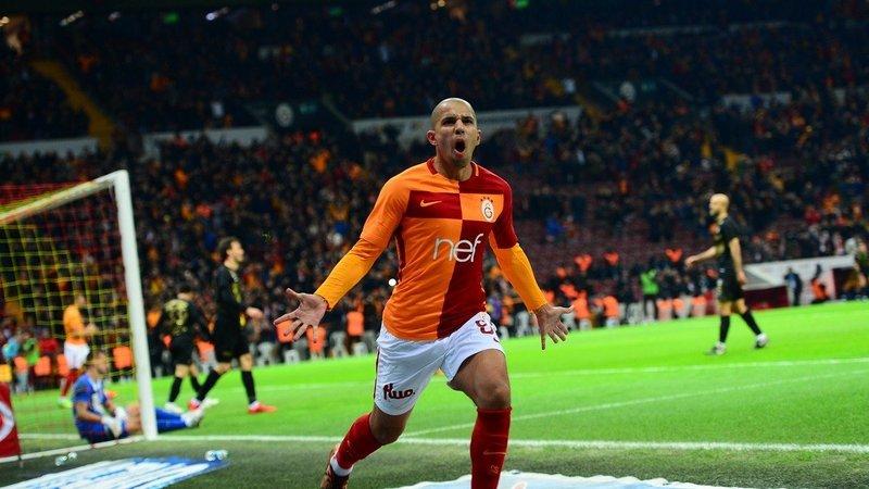 فيغولي قد يضيّع مبارة السنة في تركيا ضد بشيكتاش بسبب الإصابة