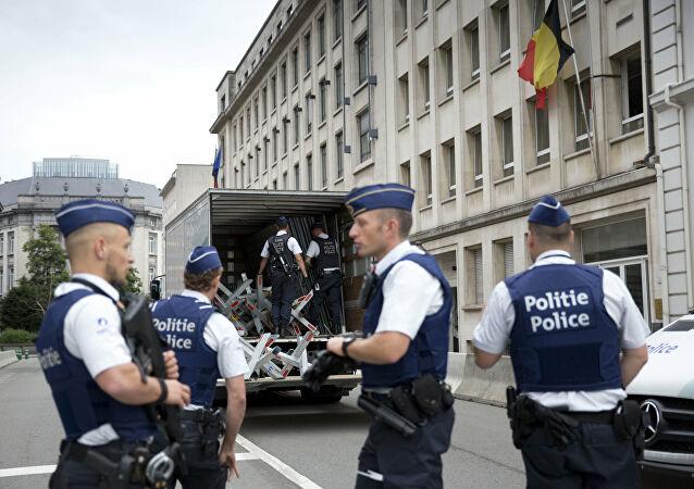 الجزائر تطالب السلطات البلجيكية بتفسيرات حول وفاة رعية بمركز للشرطة