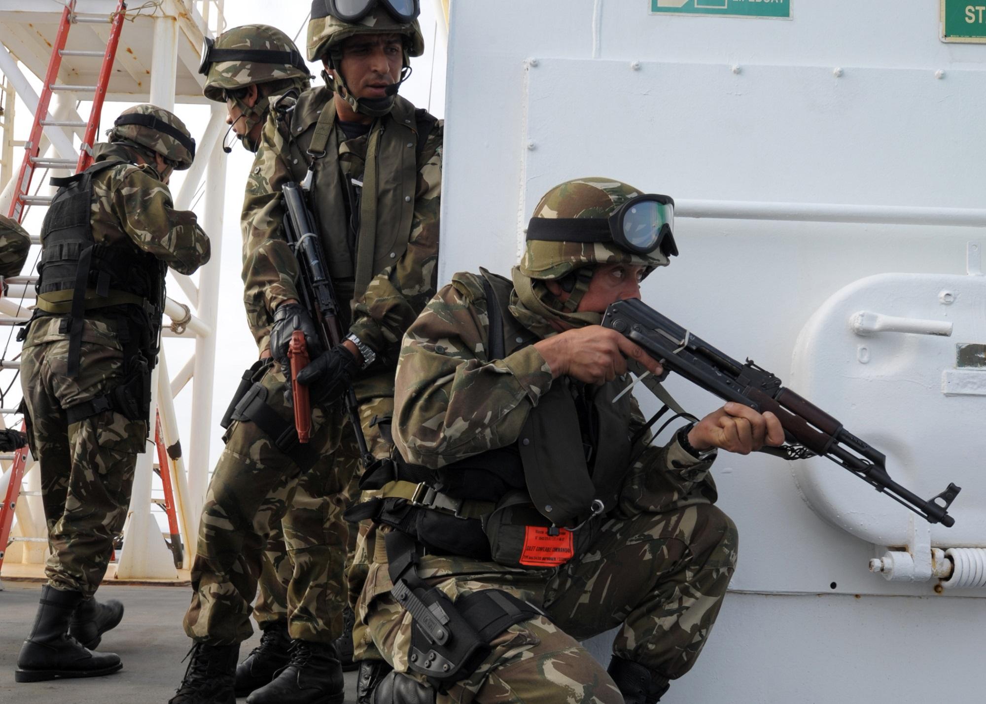 الجيش يواصل حجز المخدرات المغربية