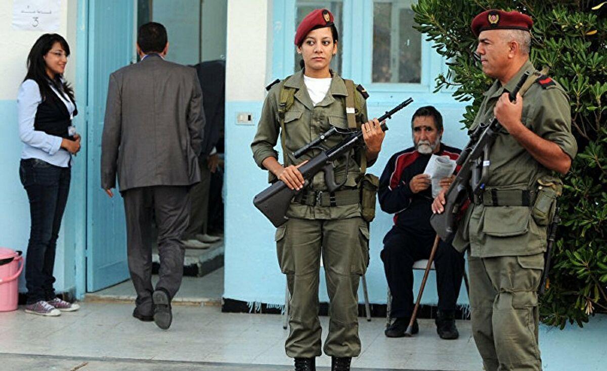 وزارة الدفاع ستقترح مشروع قانون أمام البرلمان لتجنيد النساء!