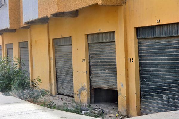 """وزارة الداخلية تشرع في سحب """"محلات الشباب"""" لهذه الأسباب !"""