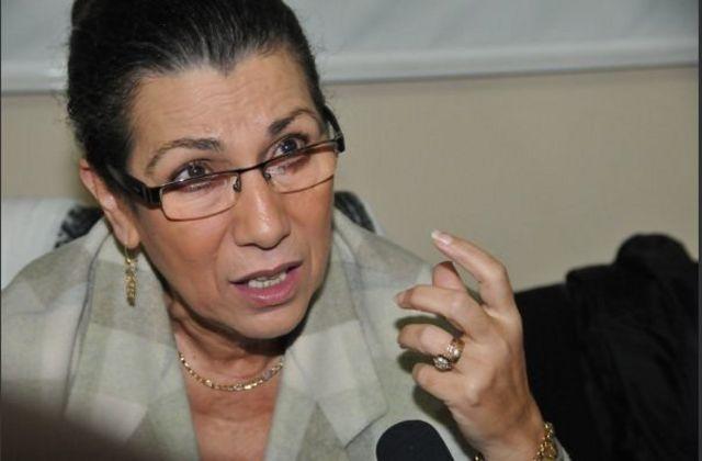 لويزة حنون: تلبية المطالب الاجتماعية حماية لسملية الحراك
