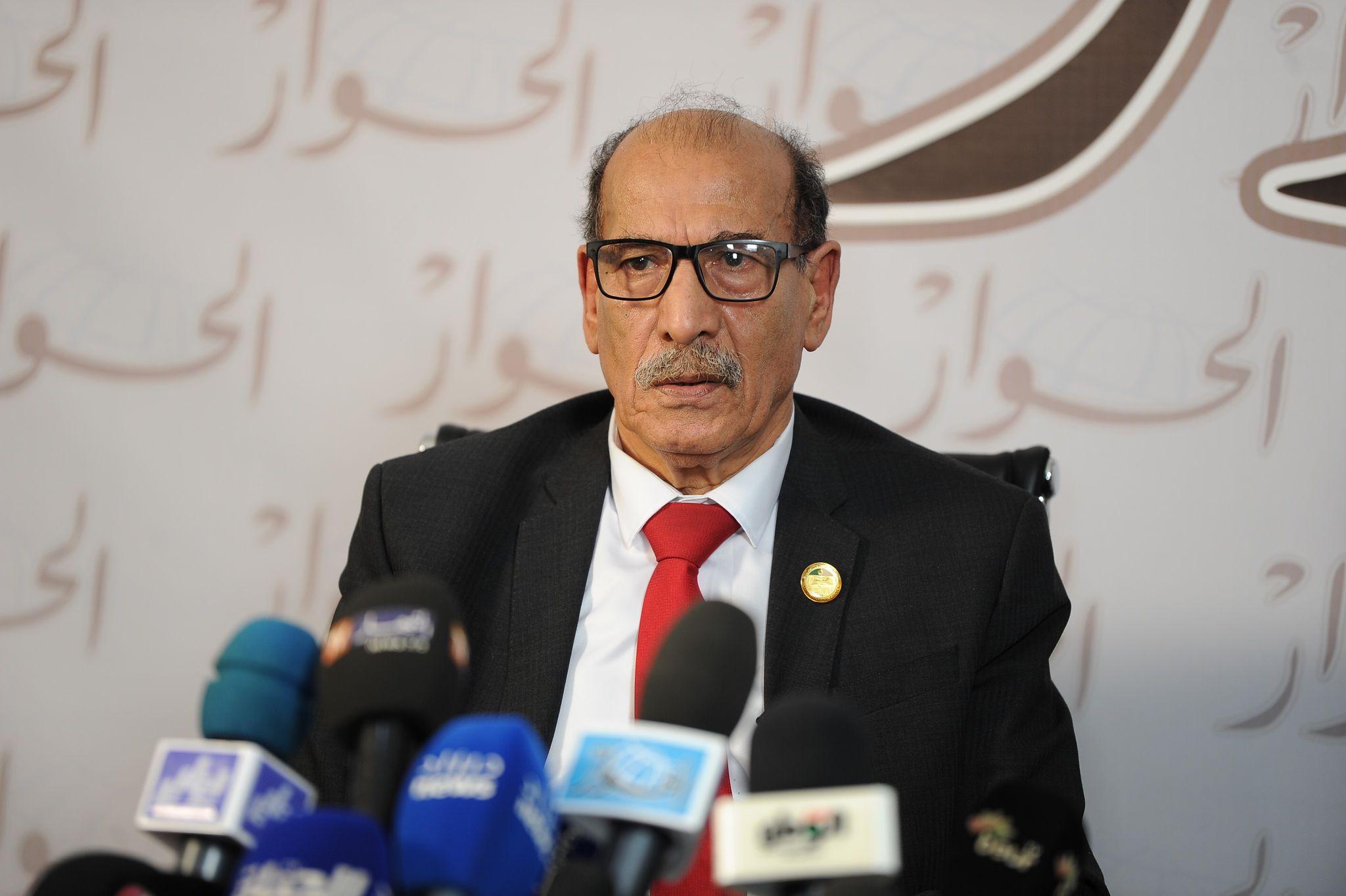 رئيس المجلس الدستوري: بإمكان الجزائريين استخراج جميع الوثائق الإدارية عن بعد