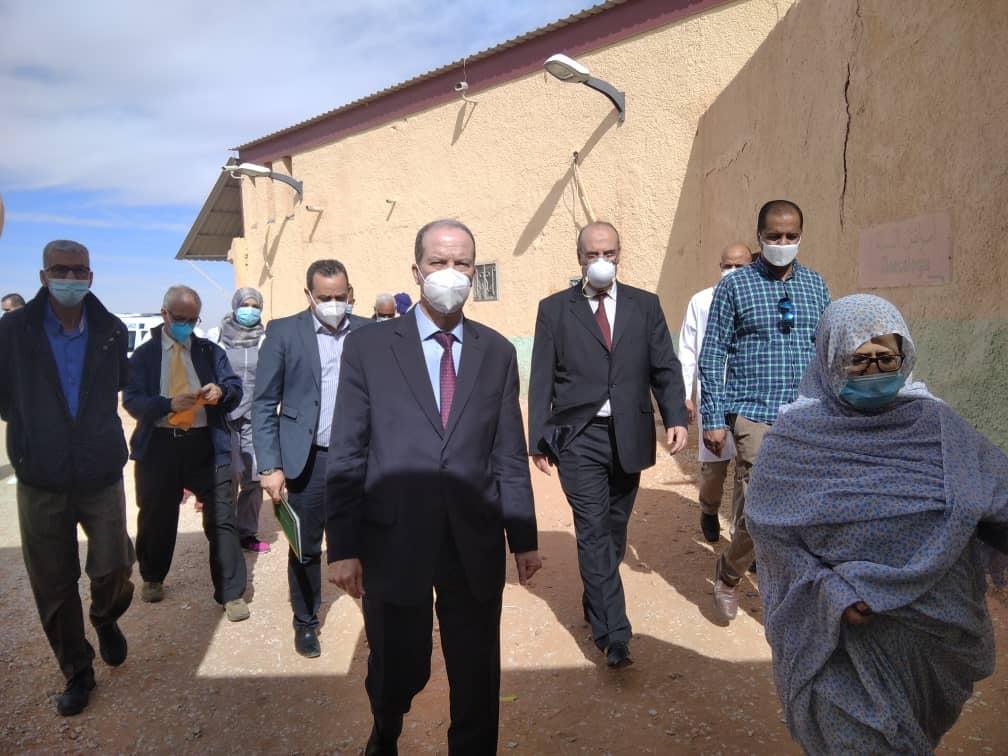 الجزائر تسلم 5000 جرعة لقاح كورونا لوزارة الصحة الصحراوية