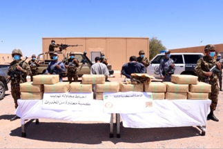 الجيش يحبط محاولات إدخال نحو 16 قنطار من المخدرات عبر الحدود الغربية