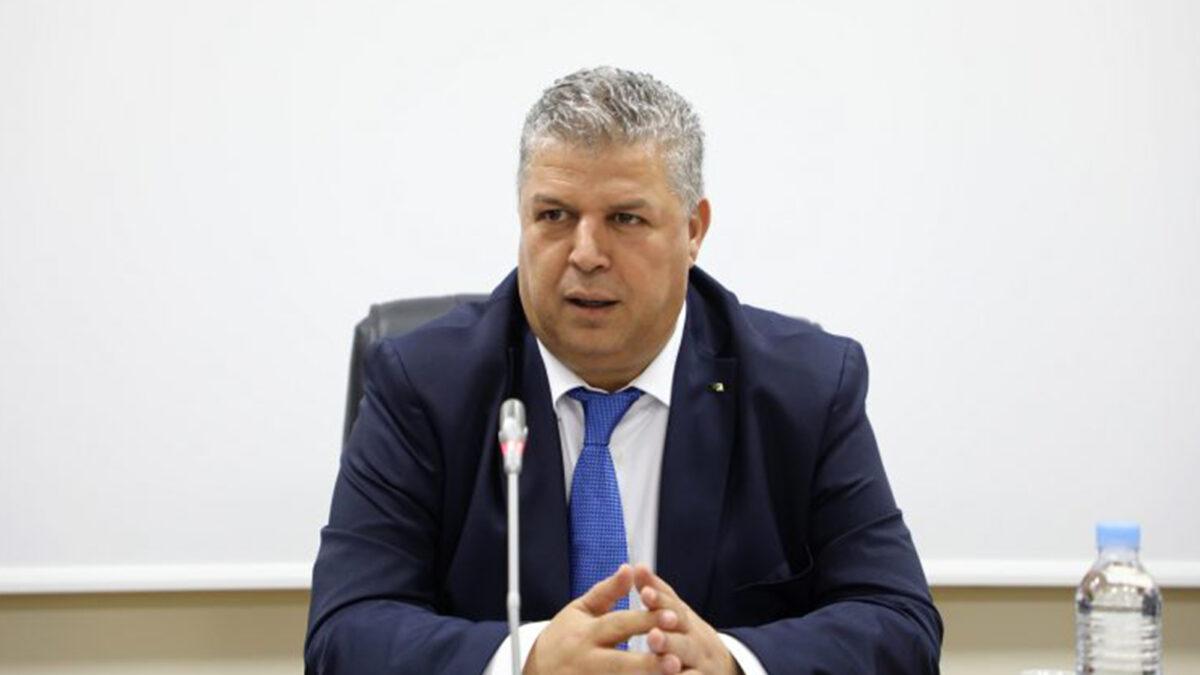 عمارة يتمنى لقائد المنتخب الوطني رياض محرز مواصلة التحليق عاليا