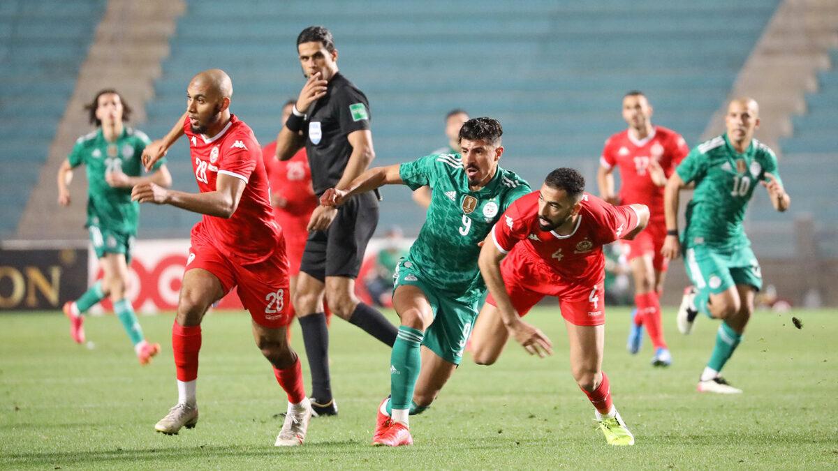 """المنتخب الجزائري لن يتجاوز منتخب تونس في تصنيف الـ""""فيفا"""""""
