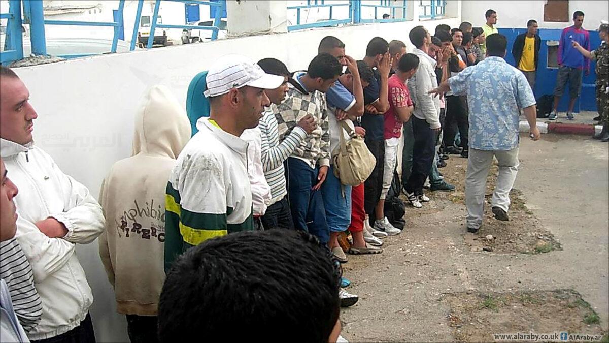 جزائريون عبر العالم يطلبون اللجوء