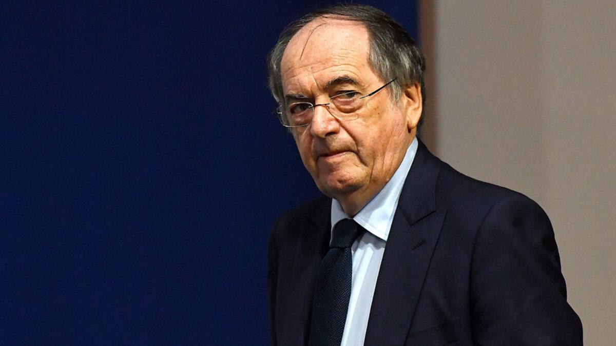 """لوغرايت: """"السياسية منعتني من إقامة ودية المنتخب الجزائري ونظيره الفرنسي"""""""