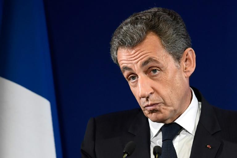 النيابة الفرنسية تطالب بحبس ساركوزي